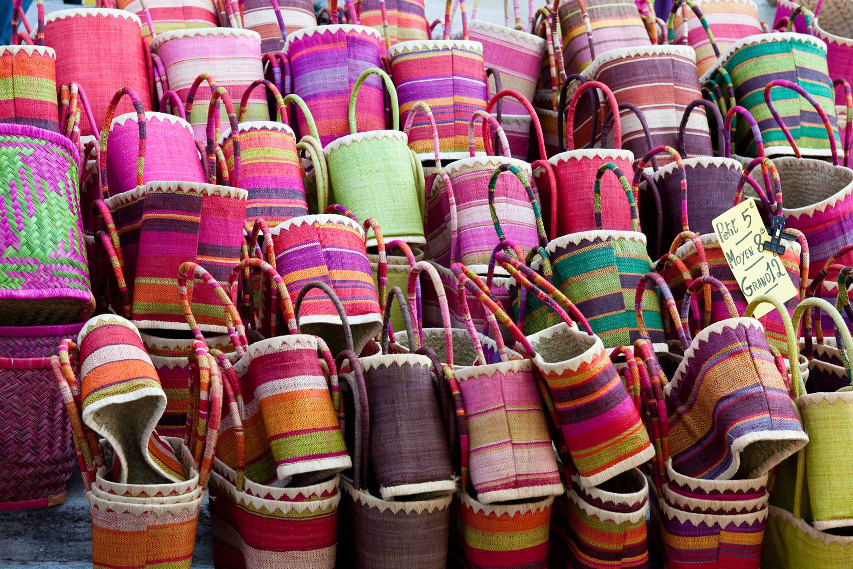 Colorful_Baskets