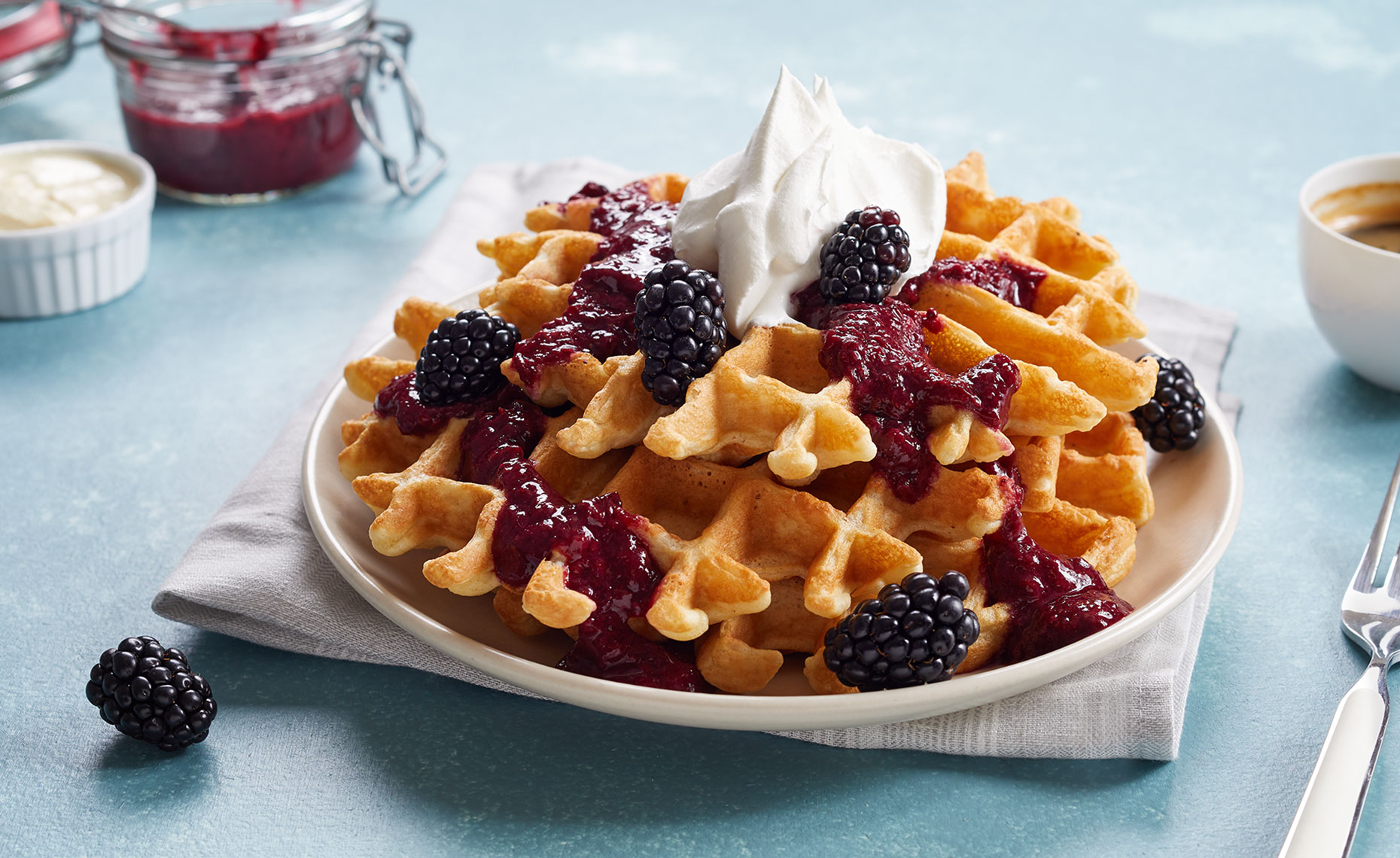 Egg_LQ_Recipe_Waffles-Main-hero_web