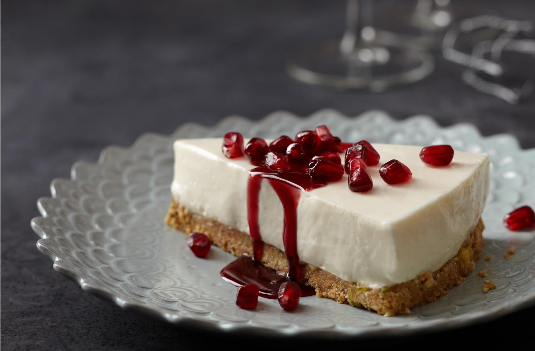 FannyPan_Cheesecake_Pomegranate_seeds